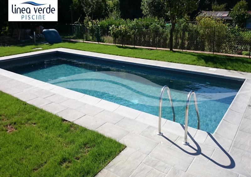 Piscine in vetroresina interrate prezzi una piscina - Piscine seminterrate prezzi ...